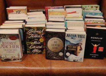 Frühjahresputz – wir verschenken Leseexemplare